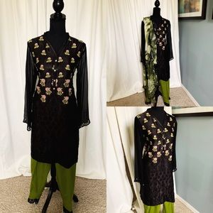 Agha Noor Black/Green Pakistani Outfit